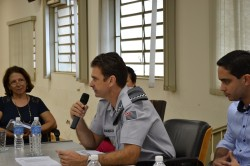 Capitão Darbo  faz explicações durante reunião do CONSEG.