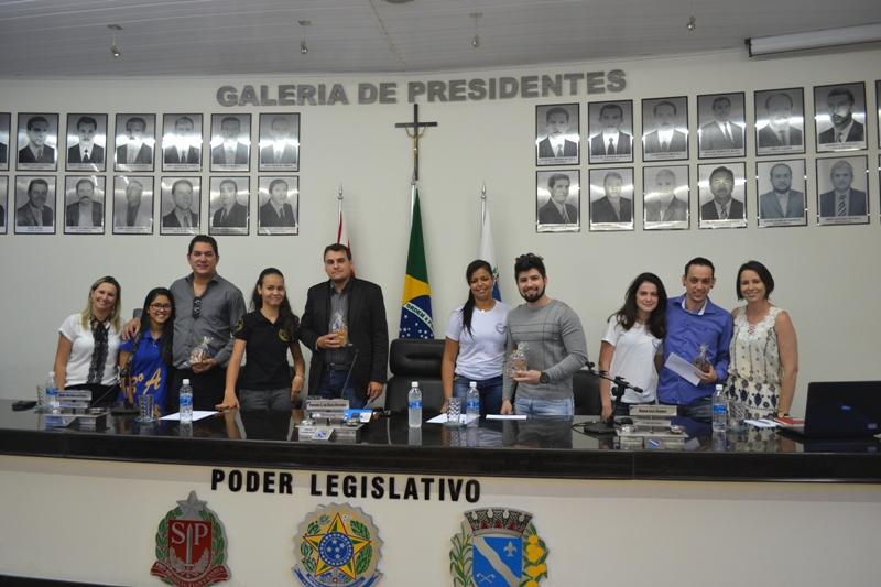 """Profissionais de  diversas áreas participam da 3ª Edição do Projeto  """"Profissionalização, Informação e Formação""""."""