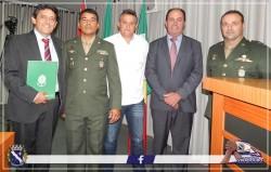 Presidente da Câmara Municipal, Julimar Pelizari e Vice-Prefeito Natal Lopes acompanham  a posse do Prefeito Cal Ribeiro como Presidente da Junta Militar de Viradouro.