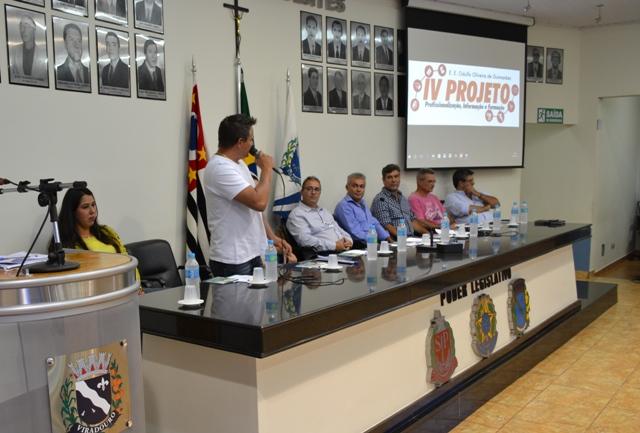 IV Projeto Profissionalização, Informação e Formação.