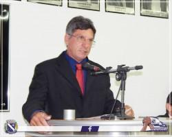 Vereador Paulo Bianchini discursa durante Sessão Solene.