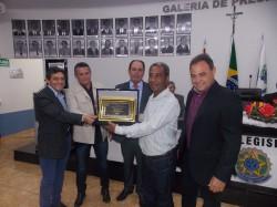 Sr. Clóvis Luiz Ferreira recebe o Título de Cidadão Viradourense.