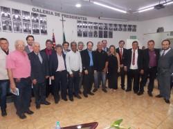 Entrega de Título de Cidadania Viradourense a policiais civis.